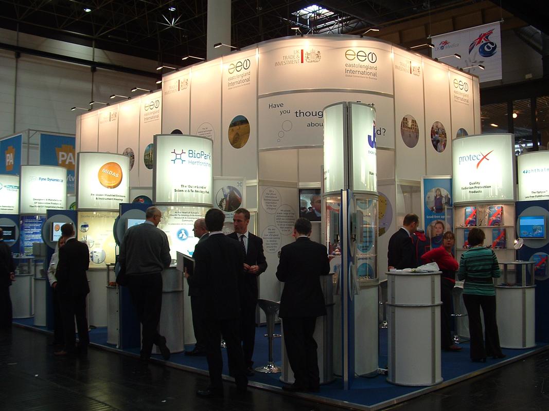 Flexible Exhibition Stands : Flexible exhibition stands ce design